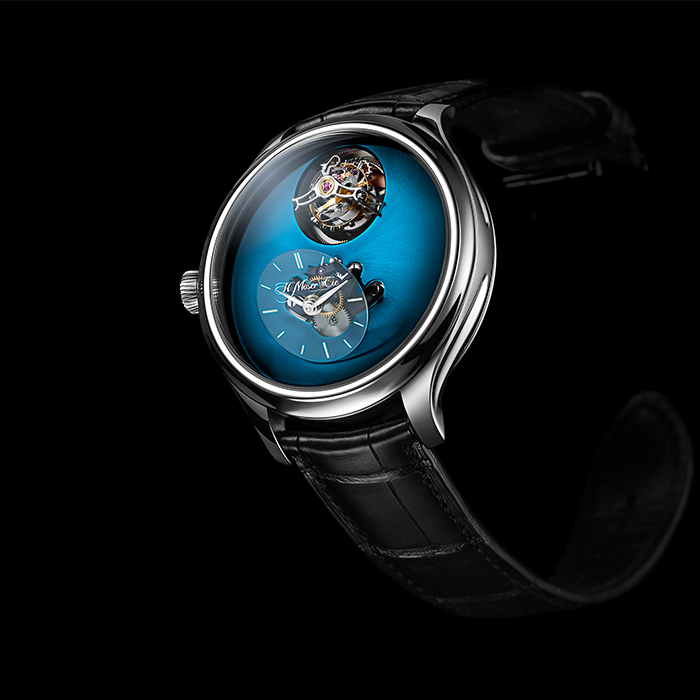 H Moser & Cie - Endeavour Cylindrical Tourbillon H. Moser × MB&F Funky Blue