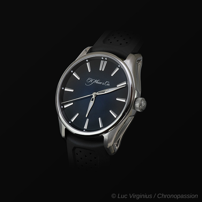 H Moser & Cie - THE PIONEER CENTRE  SECONDS AUTOMATIC FROM H. MOSER & CIE
