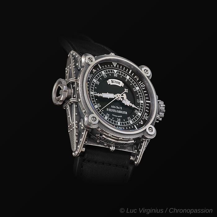 STROM -  STROM AGONIUM - NETHUNS II DIVING WATCH SILVER