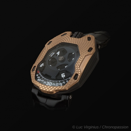 urwerk - Raging Gold UR-105